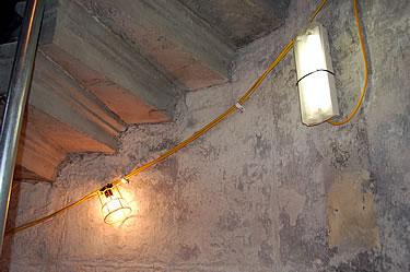 110v lighting